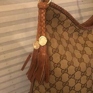 Gucci Marrakech Hobo Leather Medium
